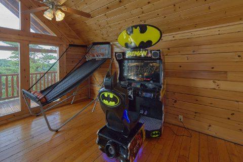 Large Game Room 6 Bedroom Sleeps 22 - Lookout Lodge