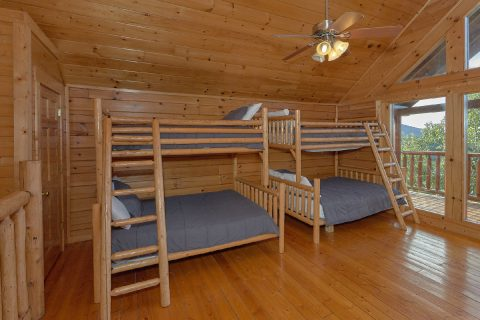 6 Bedroom 7.5 Bath Cabin Sleeps 22 - Lookout Lodge