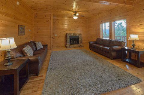 6 Bedroom 7.5 bath with Extra Seating Sleep 22 - Lookout Lodge