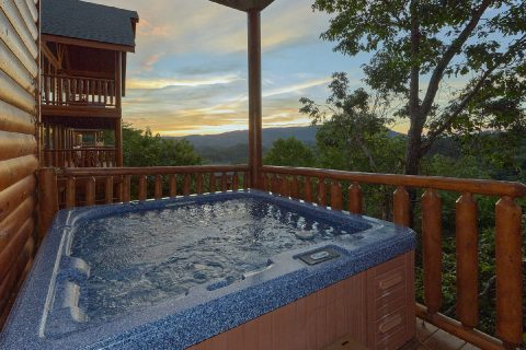 6 Bedroom with Hot Tub with Views - Lookout Lodge