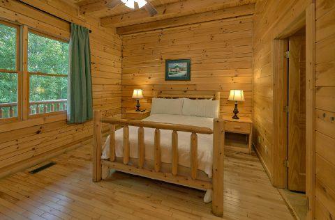 6 Bedroom 7 1/2 bath Cabins Sleeps 22 - Lookout Lodge