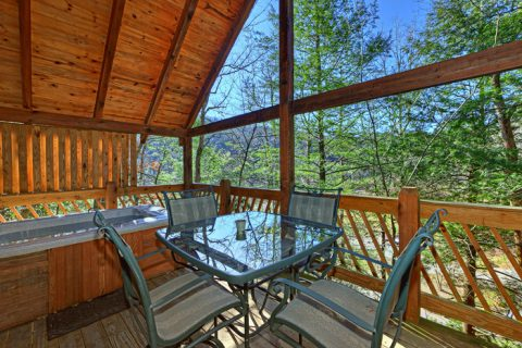 Cabin Deck with Outside Dinning - Lover's Lane