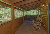 Smoky Mountain 2 Bedroom Cabin Sleeps 6