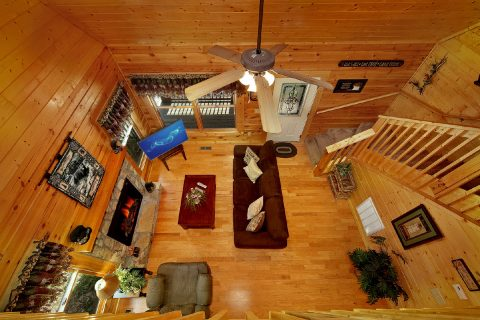 Cabin with Two Levels - Lovers Paradise