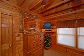 2 Bedroom Cabin with TV's in the Bedrooms