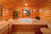 2 Bedroom Cabin with Luxurious Round Jacuzzi Tub