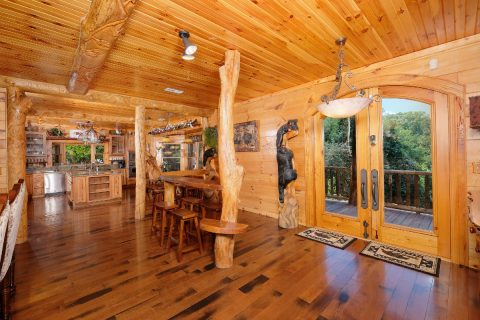 5 bedroom cabin with Luxurious Kitchen - Majestic Peace