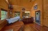 Private Master Bathroom in 5 bedroom cabin