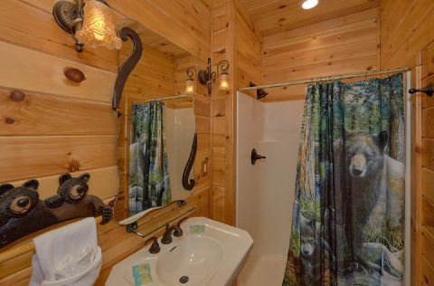 Private bathroom in King bedroom at luxury cabin - Majestic Peace
