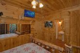 Luxurious 5 bedroom cabin with private bathrooms