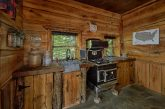 Luxurious 5 bedroom cabin with 2 full Kitchens