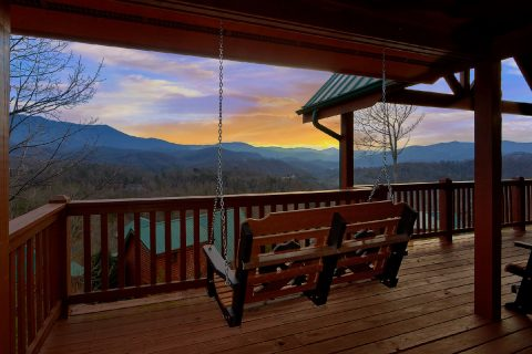 5 Bedroom cabin with Gatlinbur Views and hot tub - Majestic Point Lodge