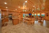 Spacious 6 Bedroom Cabin Near Pigeon Forge