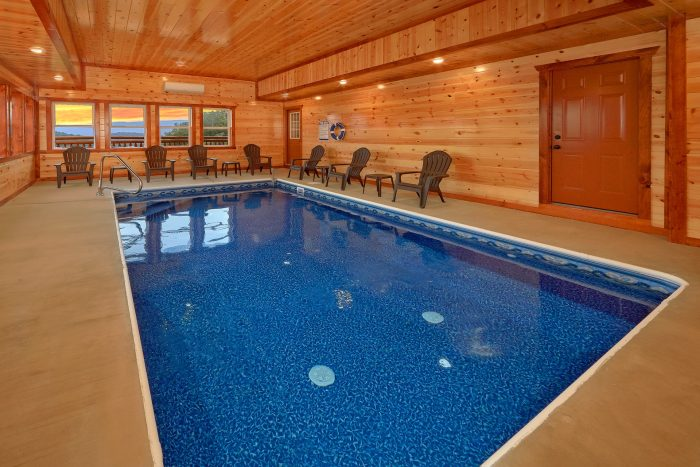 6 Bedroom Cabin with Private Pool Sleeps 17 - Majestic Splash