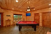 Luxury Cabin with Pool Table