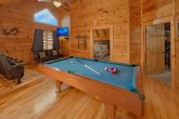 4 Bedroom Cabin with Pool Table and Large TV
