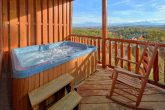 Luxury Cabin with a View and Hot Tub