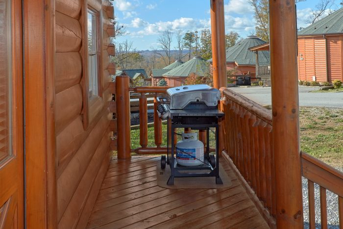 Smoky Mountain Cabin with Gas Grill - Majestic View