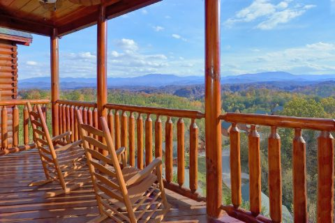 4 Bedroom Cabin with a Mountain View - Majestic View