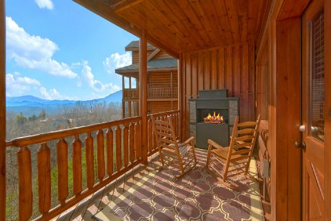 Smoky Mountain Cabin with Outdoor Fireplace - Majestic View