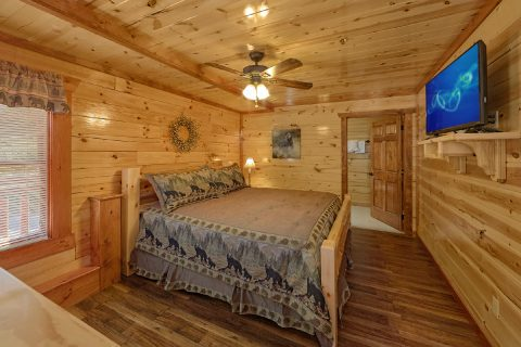 5 Bedroom Cabin with 5 Walk-In Showers - Makin' Waves