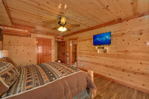 5 Bedroom Cabin with Ceiling Fans in the Bedroom - Makin' Waves