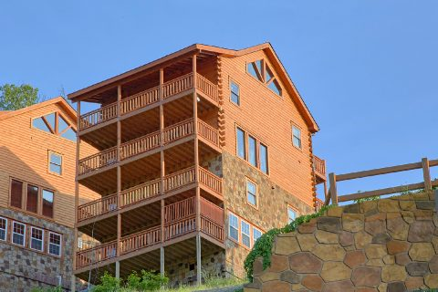5 Bedroom Cabin with Smoky Mountain Views - Makin' Waves