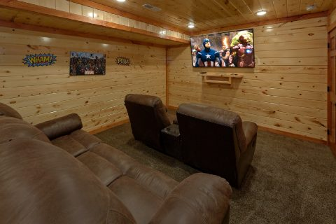 Spacious 6 Bedroom Cabin with Theater Room - Making Waves