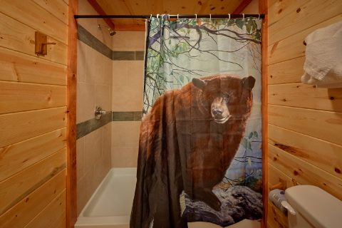 8 Bedroom Cabin with Private Bathrooms - Marco Polo