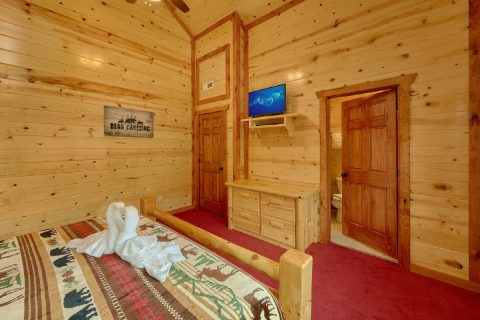 8 Bedroom Cabin with walk-in showers - Marco Polo