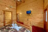 Pigeon Forge Cabin with 8 Spacious Bedrooms