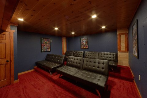 8 Bedroom Pool Cabin with a Media Room - Marco Polo
