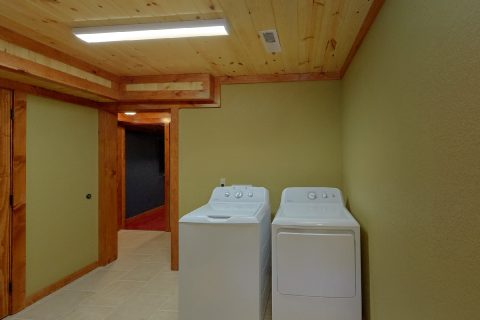 8 Bedroom Pool Cabin with a Washer and Dryer - Marco Polo