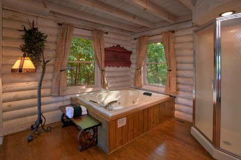 Rustic cabin with Jacuzzi Tub - Melody Hill