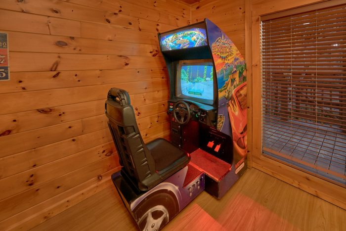 3 Bedroom Cabin with Arcade Game and Pool Table - Memory Maker