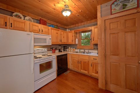 1 Bedroom Cabin with Fully Equipped Kitchen - Merry Weather