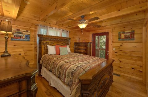 4 Bedroom Cabin Sleep 8 in Gatlinburg - Mistletoe Lodge