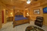 4 Bedroom Cabin with Master Bedroom