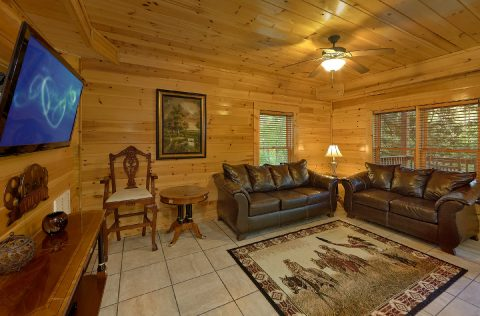 Lower Level Living room and Game Room - Mistletoe Lodge