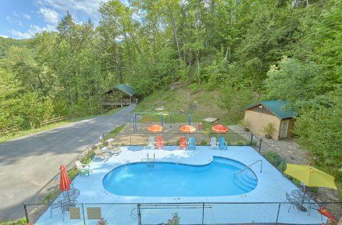Resort Pool Mistletoe Lodge - Mistletoe Lodge