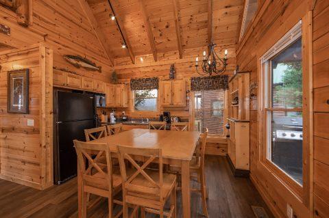 4 Bedroom Cabin in Summit View - Moonlight Getaway
