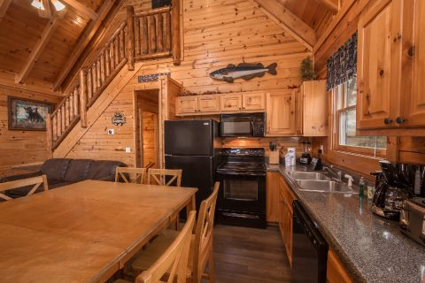 4 Bedroom 3 Bath Cabin in Summit View - Moonlight Getaway