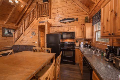 4 Bedroom 3 Bath Cabin in Summit View - Moonlight Getaway