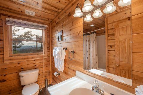 Main Level Bath Room 4 Bedroom 3 Bath - Moonlight Getaway