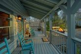 Secluded 2 Bedroom Cabin Sleeps 6