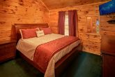 Cabin with private King master suite and bath