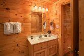 Cabin with 5 baths