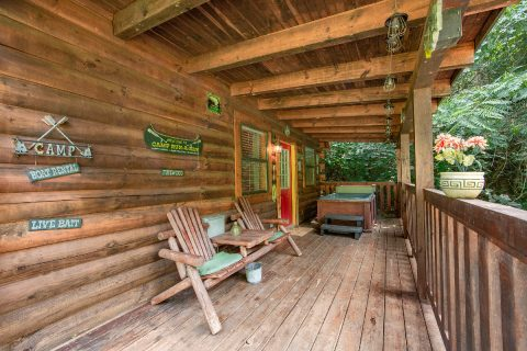 Rustic 1 bedroom cabin with Rocking Chairs - Moose Lake Lodge