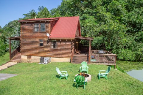 1 Bedroom cabin with Fire Pit and Fishing Pond - Moose Lake Lodge