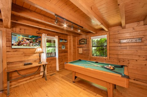 1 bedroom cabin with Pool Table in game room - Moose Lake Lodge